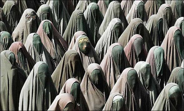 ISLAM_-_Islam-women