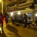 Στο σπίτι του Τσίπρα μπουλούκι οπαδοί του Παναθηναϊκού! Έσπασαν κι ένα περιπολικό! ΣΥΝΑΓΕΡΜΟΣ στην ΕΛ.ΑΣ! Σαν τις π@@τάνες κάνουν στη φρουρά του Πρωθυπουργού για τους βάζελους που μαζεύτηκαν έξω από το σπίτι του προδότη!