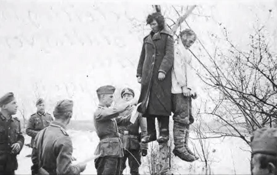 фото голых русских школьниц в раздевалке