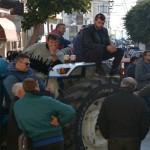 Στα ΚΑΓΚΕΛΑ οι αγρότες! Προετοιμάζουν 24ωρους αποκλεισμούς δρόμων, αεροδρομίων και λιμανιών! Θα γίνει ΜΑΚΕΛΕΙΟ!