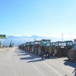 Έκλεισαν την εθνική οδό στα Τέμπη οι Αγρότες – Μπλόκα και στην Εγνατία – Κυκλοφοριακές ρυθμίσεις