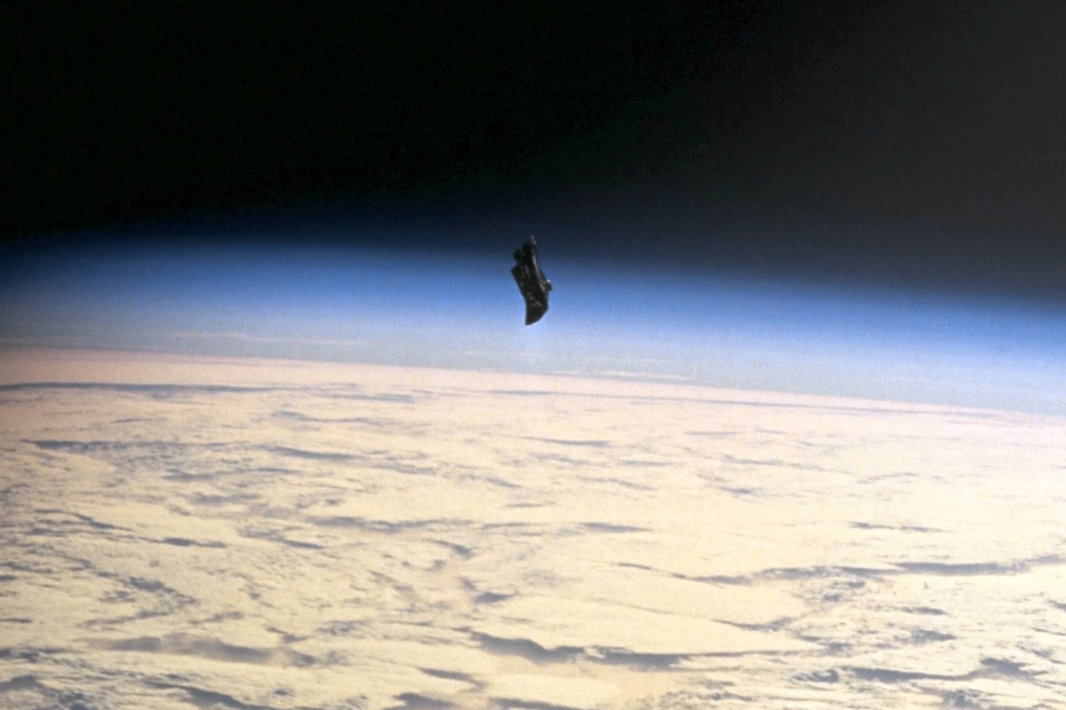 Risultati immagini per Black Knight Satellite