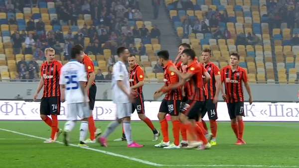 1605011835-Mass-brawl-between-Shakhtar-and-Dynamo