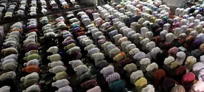 muslims.3.5.708