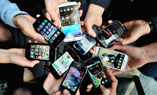 osoi-exete-smartphone-prepei-na-to-diavasete
