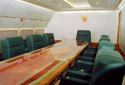 the-aircraft-of-the-russian-president-vladimir-putin-4