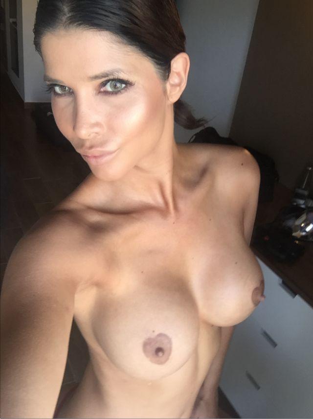 Micaela-Schaefer-Naked-Selfies-New-Boobs-Kanoni-6