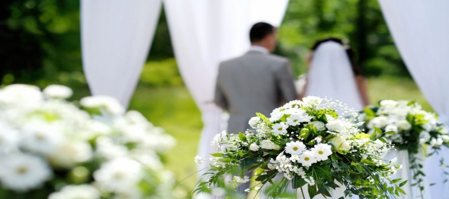 white-wedding-890x395_c