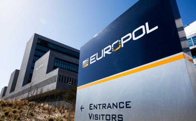 europol-proeidopoiei-tzixantistes-hot-spot-038-stelnei-stelexi-stin-ellada