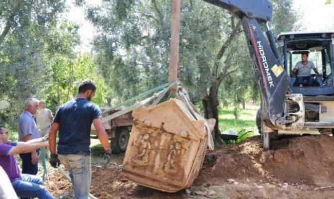 sarkofagus-bythinia-nikaia-toutkia-min