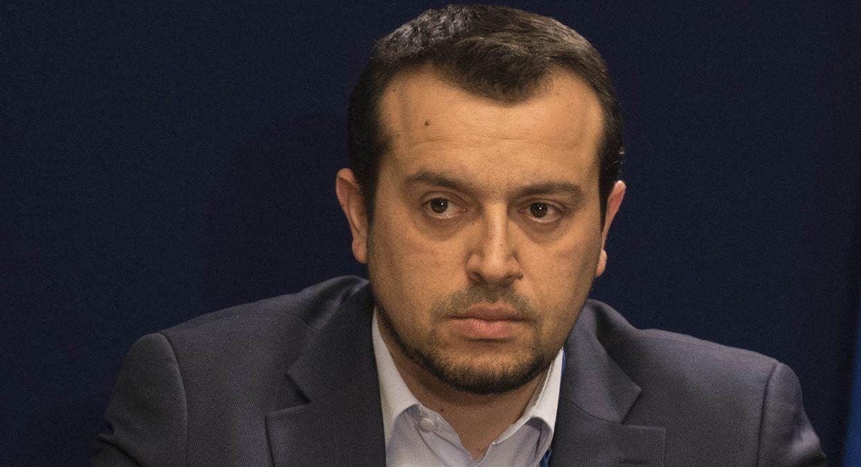 (Ξένη δημοσίευση)  Ο πρωθυπουργός  Αλέξης Τσίπρας (Α) και ο υπουργός Επικρατείας Νίκος Παππάς (Α) κατά τη διάρκεια συνέντευξης τύπου μετά το τέλος της Συνόδου Κορυφής, την Παρασκευή 20 Μαρτίου 2015, στην έδρα του Ευρωπαϊκού Συμβουλίου, στις Βρυξέλλες.  ΑΠΕ-ΜΠΕ/ΓΡΑΦΕΙΟ ΤΥΠΟΥ ΠΡΩΘΥΠΟΥΡΓΟΥ/Andrea Bonetti