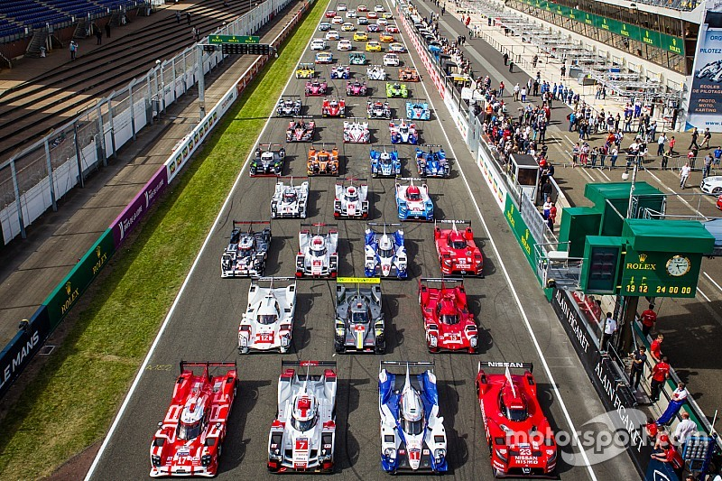 lemans-24-hours-of-le-mans-test-day-2015-car-photoshoot