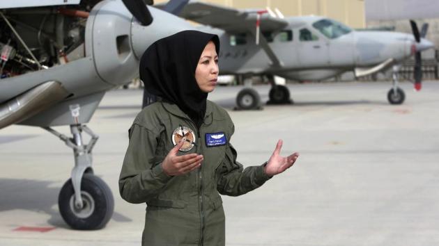 prosfygas pilotos afganistan