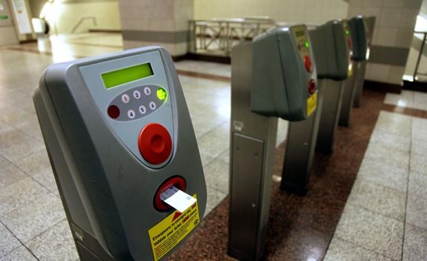 Το «φαγοπότι» με τα εισιτήρια του μετρό