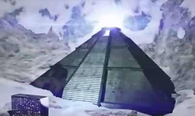 arxaioi-eksogiinoi-piramides-antarktikis-history-channel-670x400