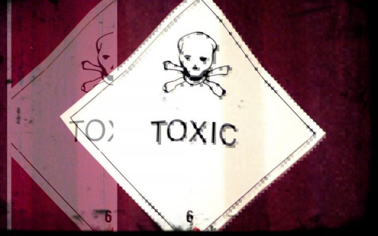 toxic_final1-768x481