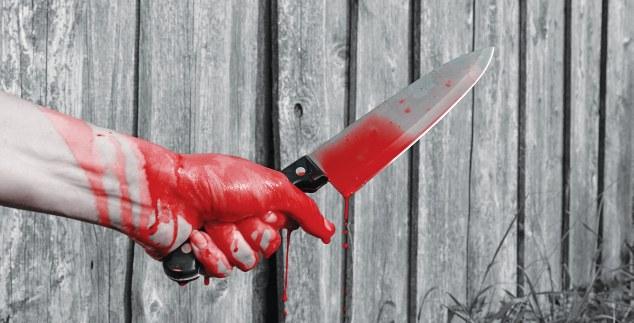 μαχαιρι αιμα