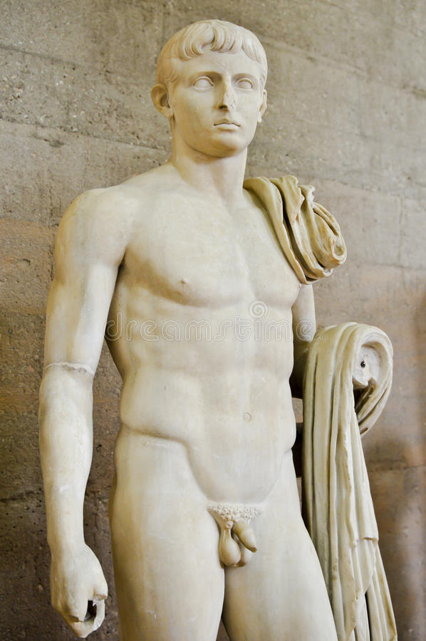 naked-male-statue-museum-ancient-corinth-20151456