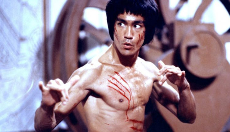 bruce-lee-enter-the-dragon-750x430