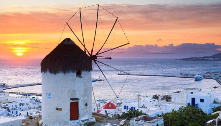 windmill-in-mykonos-greece-5132-750x430