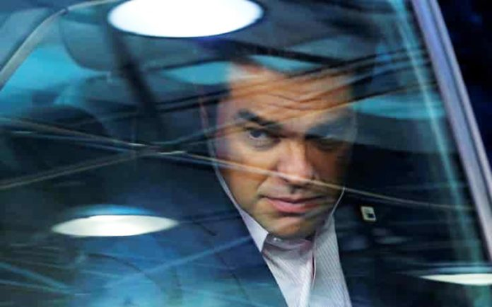 tsipras-aytokinito-345-696x434