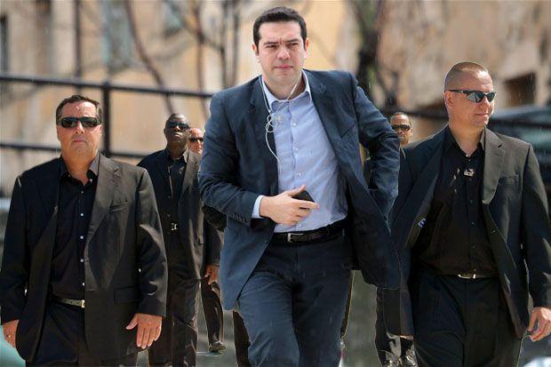 tsipras_bodyguards