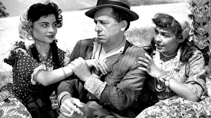 7c9f3e1391b4 Πώς οι κωμικοί ρόλοι βοήθησαν τον Μίμη Φωτόπουλο να ξεπεράσει την  μελαγχολία των παιδικών χρόνων – Έγινε ηθοποιός από αγγελία