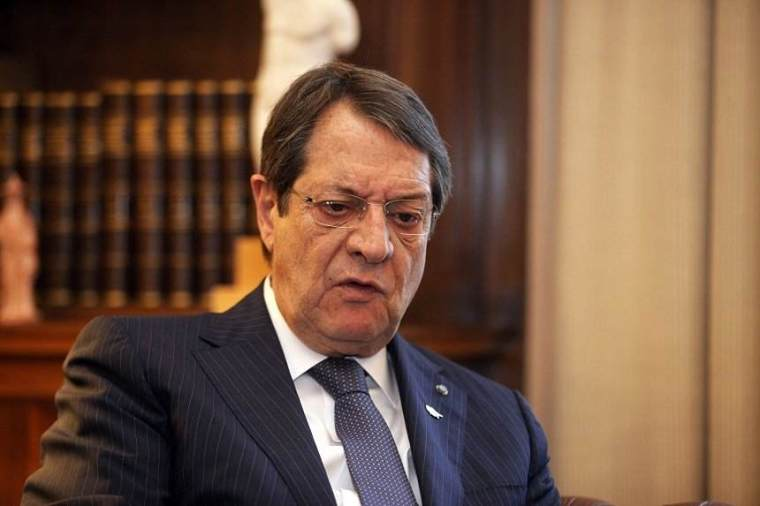 anastasiades-twisted-mouth