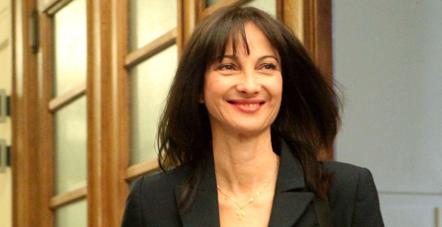 Η αναπληρώτρια υπουργός Οικονομίας, Ανάπτυξης και Τουρισμού αρμόδια για θέματα Τουρισμού Έλενα Κουντουρά φθάνει στη συνεδρίαση του υπουργικού συμβουλίου στη Βουλή, Αθήνα, Παρασκευή 25 Σεπτεμβρίου 2015. Συνεδρίασε για πρώτη φορά το υπουργικό συμβούλιο μετά τις εκλογές της 20ης Σεπτεμβρίου. ΑΠΕ-ΜΠΕ/ΑΠΕ-ΜΠΕ/Παντελής Σαίτας