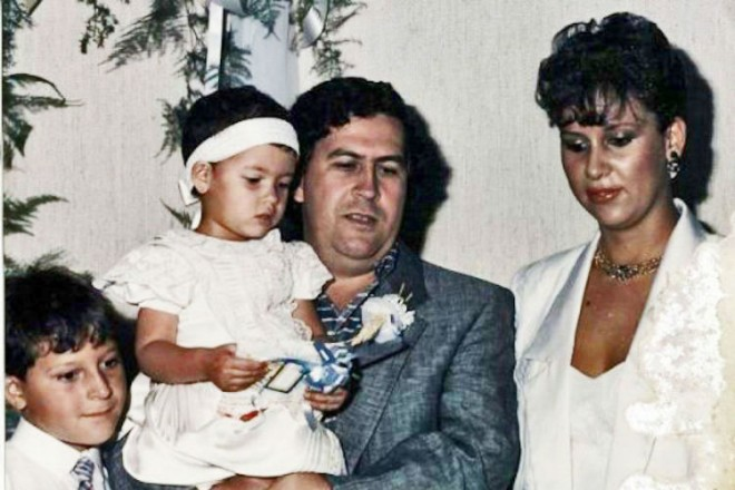 Family-picture-of-Pablo-Escobar-660x440