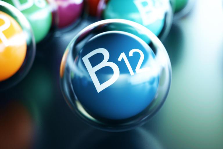 vitamini-b12-768x512