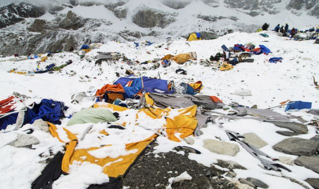 The Mount Everest south base camp in Nepal is seen a day after a huge earthquake-caused avalanche killed at least 17 people, in this photo courtesy of 6summitschallenge.com taken on April 26, 2015 and released on April 27, 2015. Rescue teams, helped by clear weather, used helicopters to airlift scores of people stranded at higher altitudes, two at a time.  REUTERS/6summitschallenge.com  ATTENTION EDITORS - NO SALES. NO ARCHIVES. FOR EDITORIAL USE ONLY. NOT FOR SALE FOR MARKETING OR ADVERTISING CAMPAIGNS. MANDATORY CREDIT. NO COMMERCIAL USE.