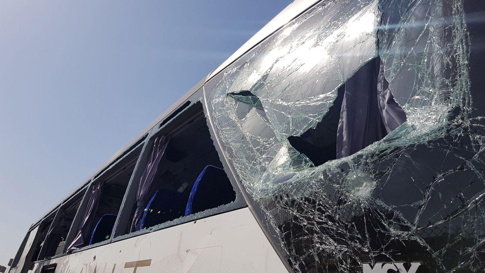 skynews-bus-blast-cairo-egypt_4673451