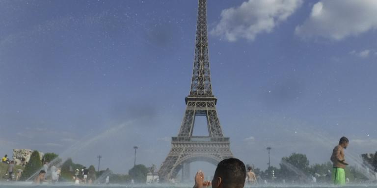 parisi-kauswnas-1000