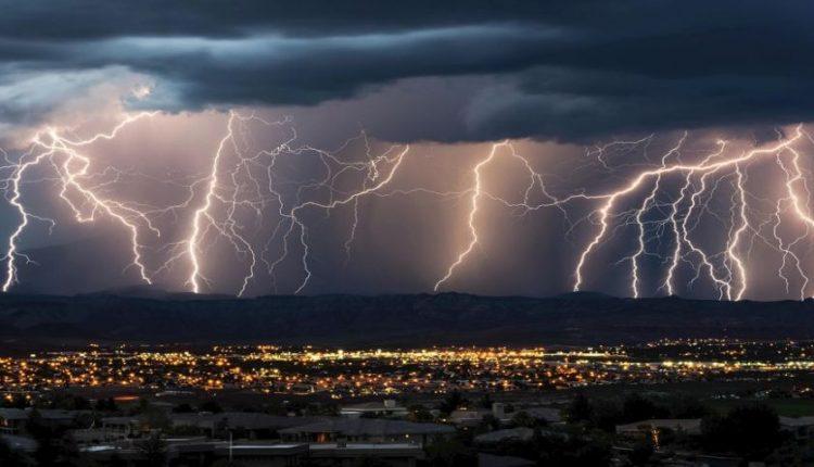 Extreme-storm-kataigides_big-750x430