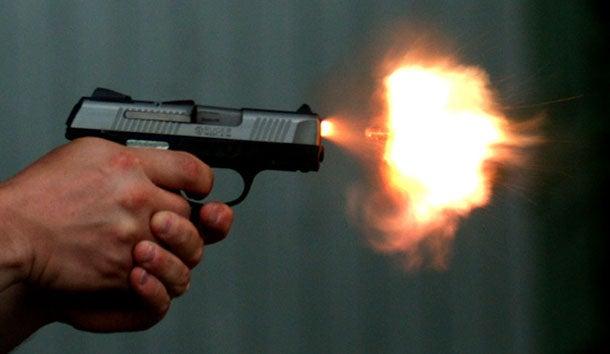 pistoli-pyrovolei