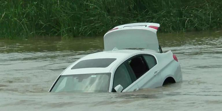 BMW-Indian-man-river