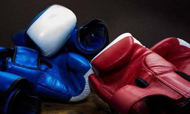 gloves-538264_960_720