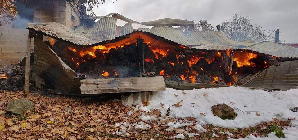 Αποτέλεσμα εικόνας για Λαθρομετανάστες έκαψαν 2 ποιμνιοστάσια:  Εξοργισμένοι οι κάτοικοι- «Αν δεν γίνει κάτι ΤΩΡΑ, τέλειωσε ο Έβρος»