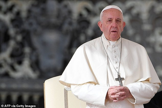 20770860-7665347-An_Italian_journalist_has_claimed_Pope_Francis_told_him_he_does_-a-4_1573238690775
