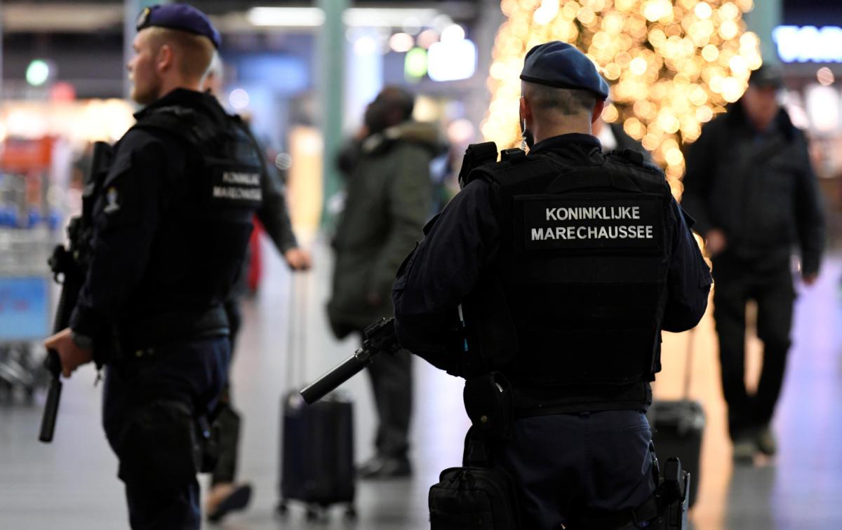 Dutch-Police-1200x756