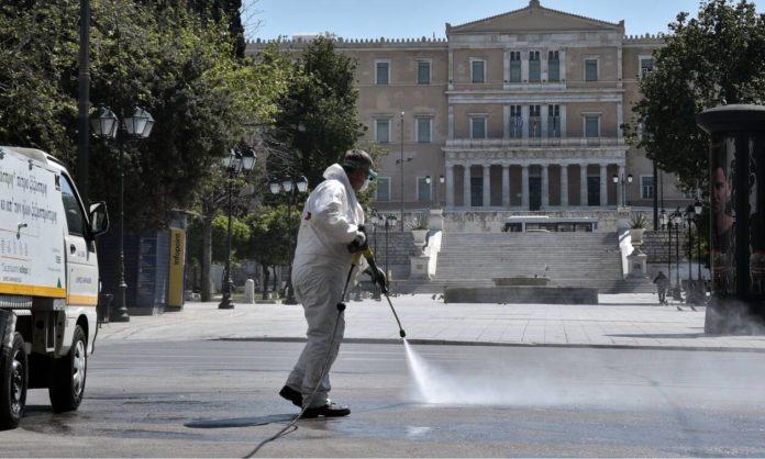 1072561-koronoios-syntagma-5-696x418