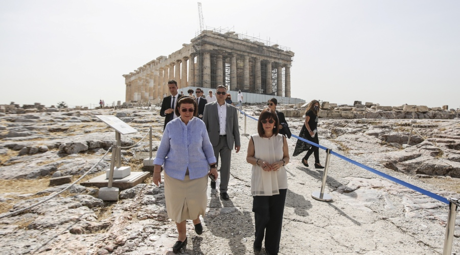 akropoli-sakellaro1