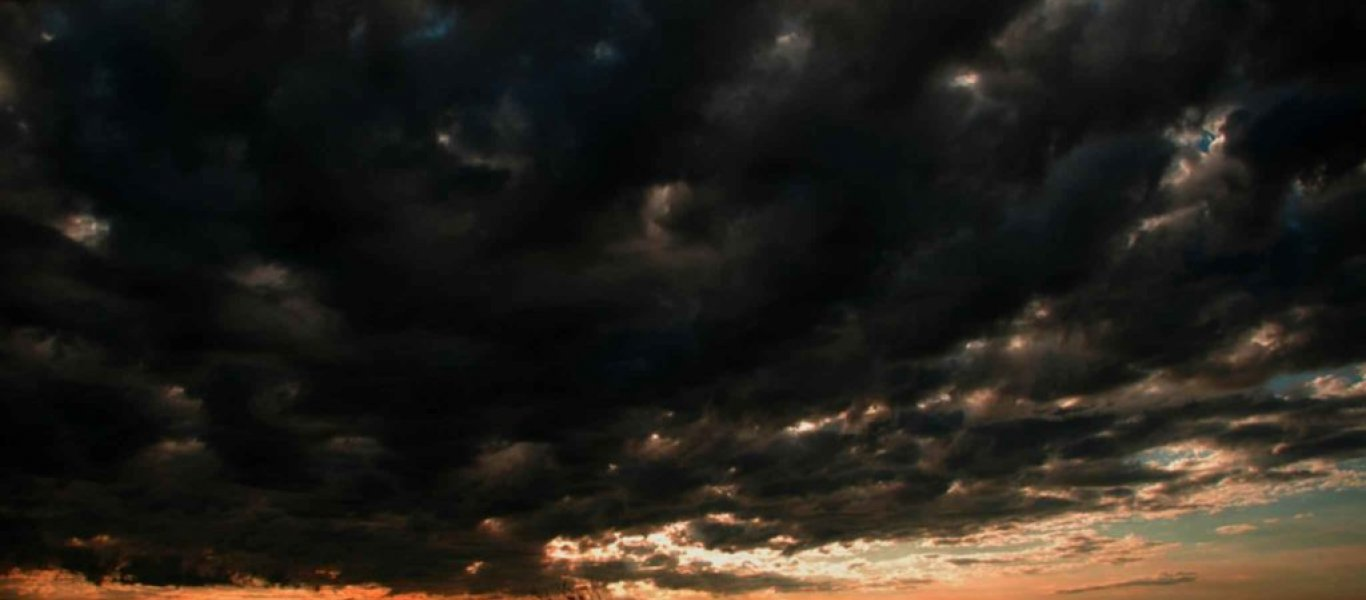 amazing_sky_dark_black_sky