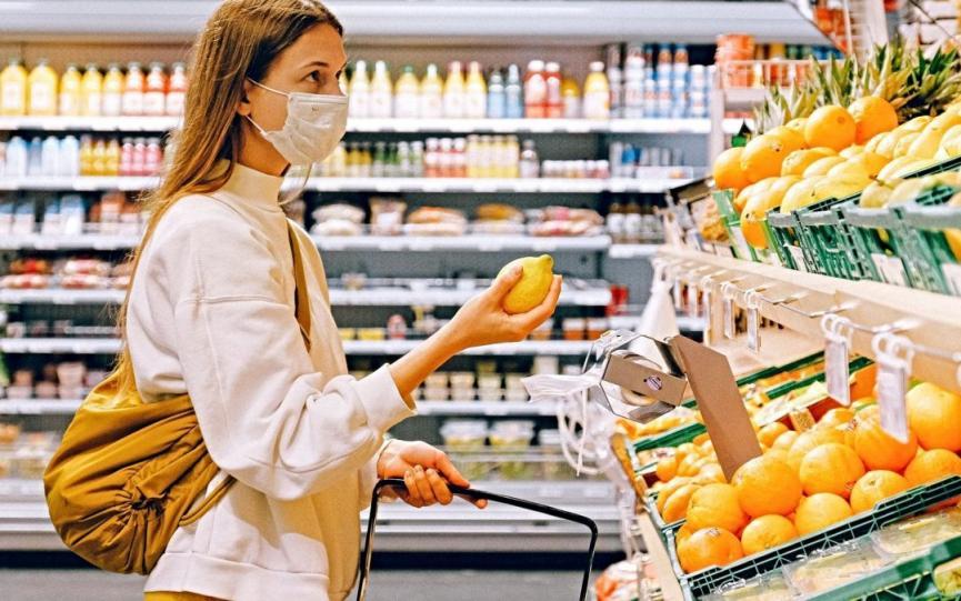 shopper-masked-1080x675