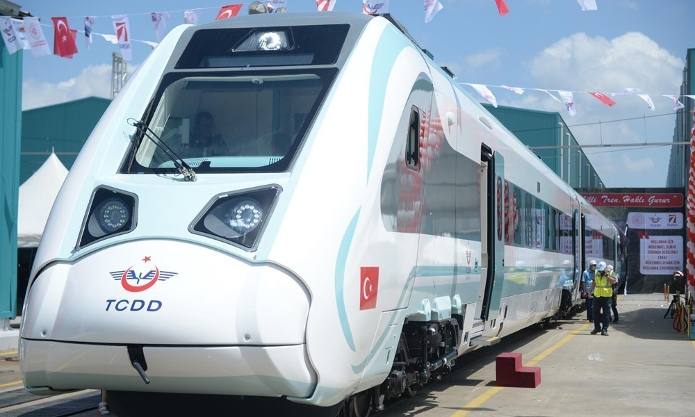 Turkey-electric-train3