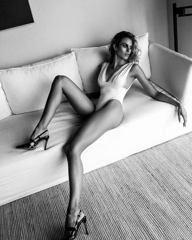 Natalie-Jayne-Roser-Hot-Body-4