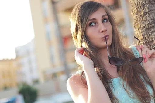 girl-410334__340-pixabay