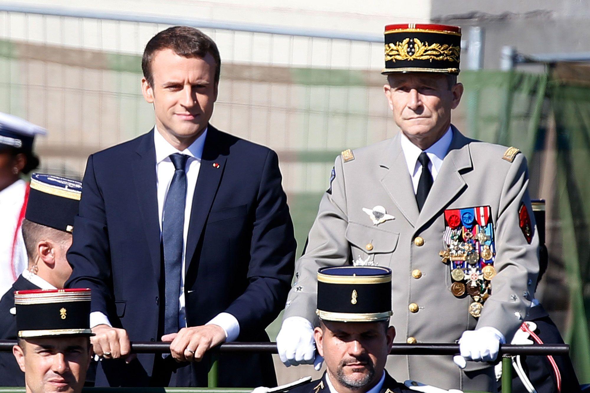 Le-general-Pierre-de-Villiers-critique-Emmanuel-Macron