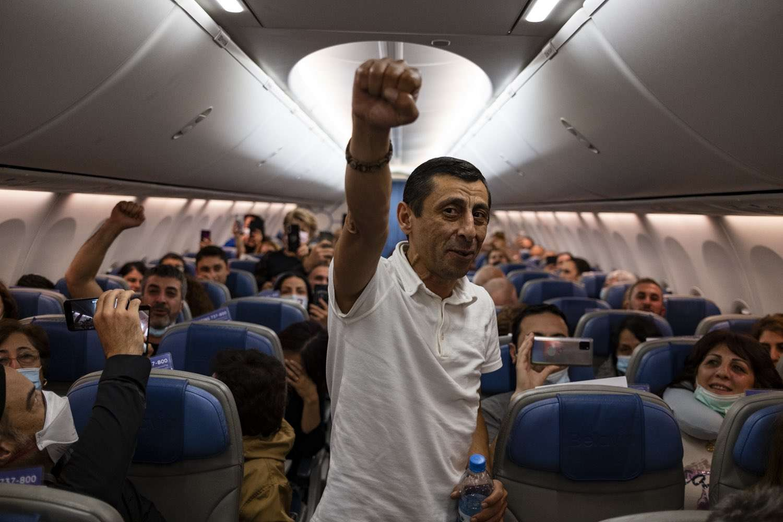 armenian_flights_EjPaHa5WAAAzQV7